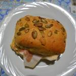 panino tirolese con semi di zucca